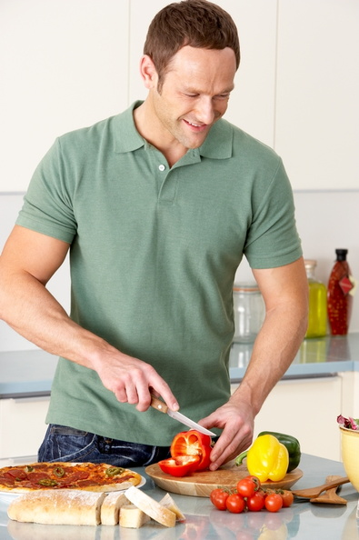 Picture of person cutting vegetables