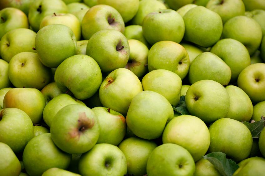 Apples Top Dirty Dozen List