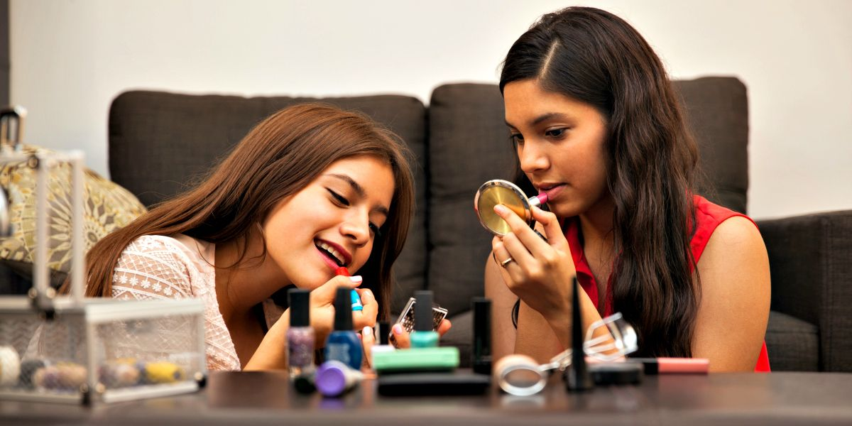 Busty Latina Teens